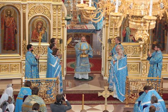 Евхаристия в Казанском храме