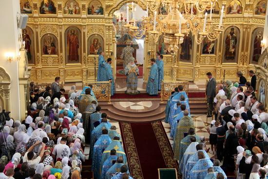Архиепископ Прокл в Казанском храме г.Саранска.