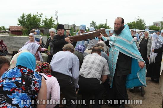 Крестный ход 2011 в п.Мирном
