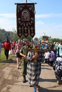 Крестный ход из Жадовского монастыря с чудотворным образом в селе Озерки