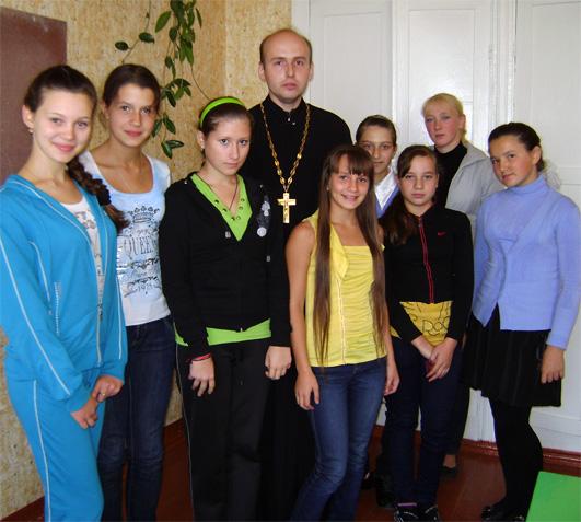 Отец Анатолий провёл лекции по темам – «Для чего мы живём на земле» и «Что такое хамство».